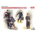 German Armoured Vehicle Crew (1941-1942), 4 figures and cat