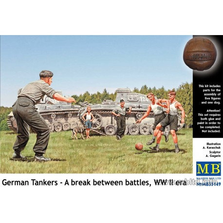 German Tankers - A break between battles, WW2 era