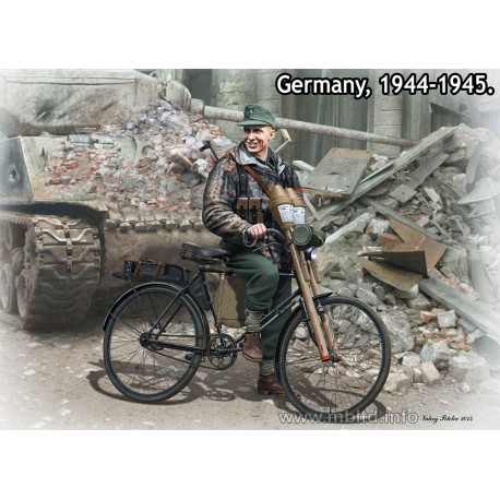 Volkssturm. Tank Hunter. Germany, 1944-1945